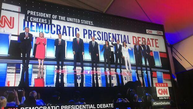 El exvicepresidente fue blanco de los ataques de sus oponentes por su pasado político, especialmente en inmigración. (CNN)