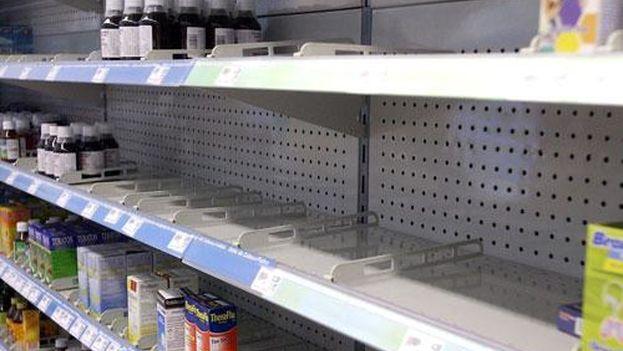 Las farmacias venezolanas exhiben una seria escasez de medicamentos que el Gobierno atribuye a la oposición. (Twitter)