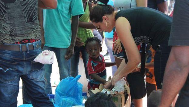 Los cubanos y los africanos tienen una meta común, superar los cierres fronterizos de Nicaragua y Costa Rica. (EFE)