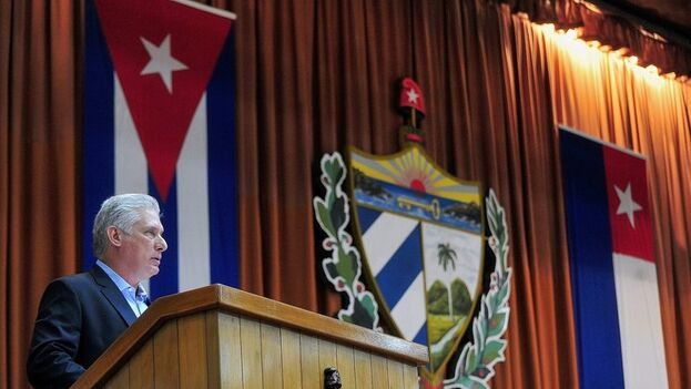 """El gobernante hizo referencia al """"ataque despiadado"""" de Washington contra el envío de médicos cubanos a terceros países. (EFE)"""