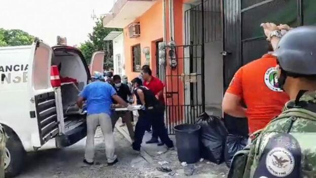 Los cuerpos fueron hallados en el interior de un cuarto que alquilaban las víctimas desde hacía unas dos semanas. (@RubenFigueroaDH)