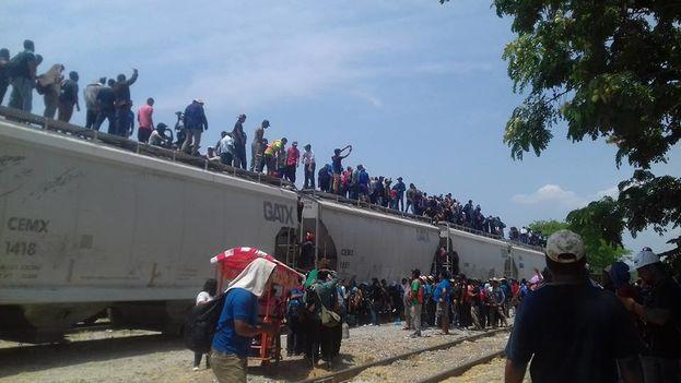 Los integrantes de la caravana acaban este lunes su periplo sin saber qué sucederá a partir de ahora. (Pueblo sin Fronteras)