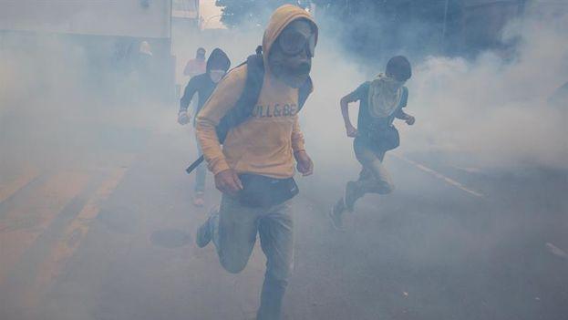 El joven de 20 años resultó muerto por un disparo la noche del pasado lunes durante una manifestación en la ciudad de Valencia. (EFE)