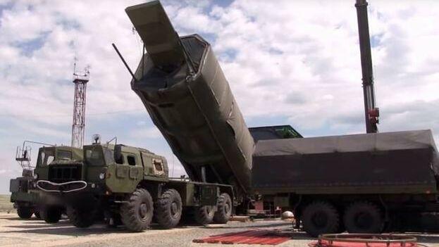 Una lanzadera de misiles rusos. (EFE)