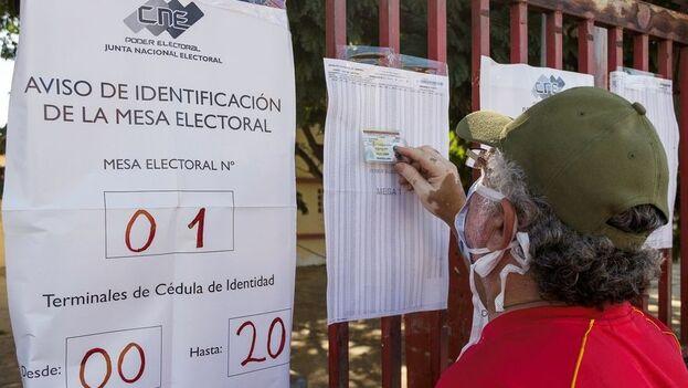 Las legislativas de este domingo estuvieron marcadas por una masiva abstención. (EFE)