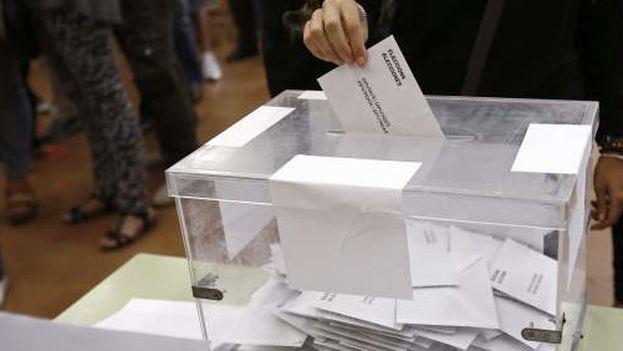 """Los partidos, lentamente, se transformarán en centro de iniciativas que se ofrecerán a los electores como """"empresas de gerencia pública"""". (EFE)"""