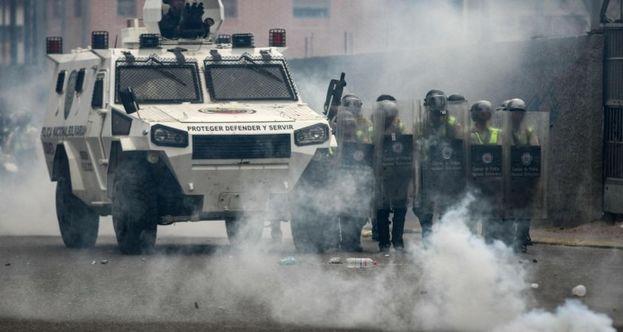 Las manifestaciones opositoras en Venezuela se han enfrentado a la represión de las fuerzas gubernamentales. (EFE)