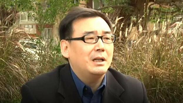 EL escritor de origen chino nacionalizado australiano, Yang Hengjun, fue arrestado en China y un amigo de la familia denunció amenazas contra la esposa del novelista y académico. (Captura)