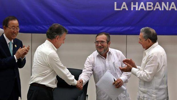 Los acuerdos de paz, negociados en La Habana fueron respaldados por la comunidad internacional. (EFE)