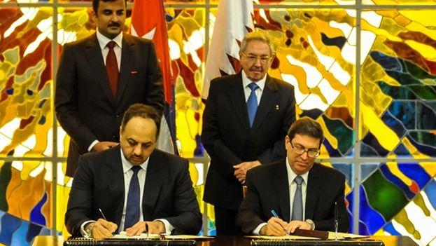 La visita, el pasado noviembre, del emir de Catar a Cuba sirvió para la firma de acuerdos entre ambas naciones. (Minrex)