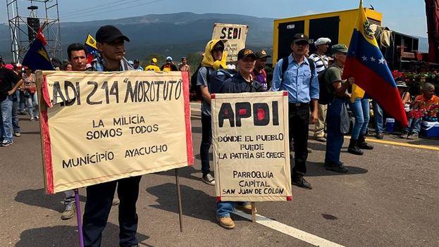 La imagen del concierto oficialista era muy semejante a los ejercicios cívico militares que el chavismo ha aplicado en casi todo el país durante los últimos días. (EFE)