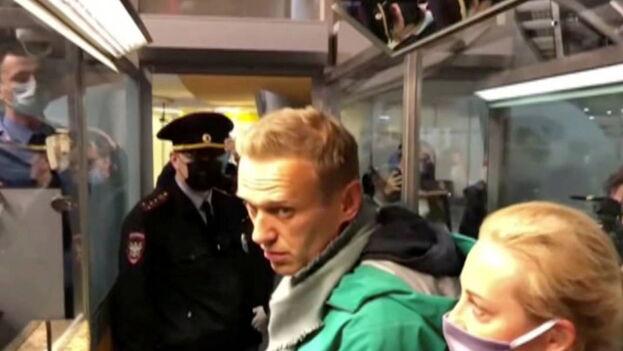 El opositor fue detenido este domingo a su llegada a Rusia. (EFE)