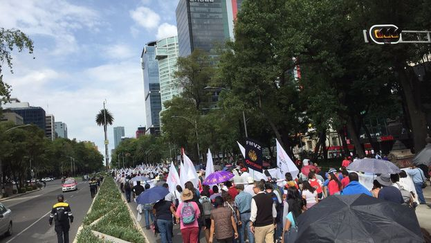 Los participantes de la manifestación coincidieron en que el tratado no ha cumplido las expectativas que las autoridades prometieron cuando entró en vigor. (@jenarovillamil)