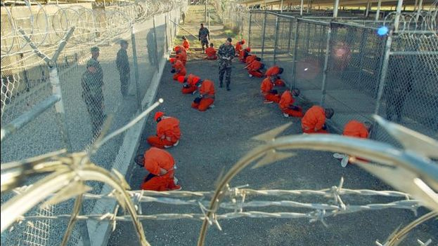 La población carcelaria en Guantánamo se sitúa actualmente en 93 presos. (Wikicommons)