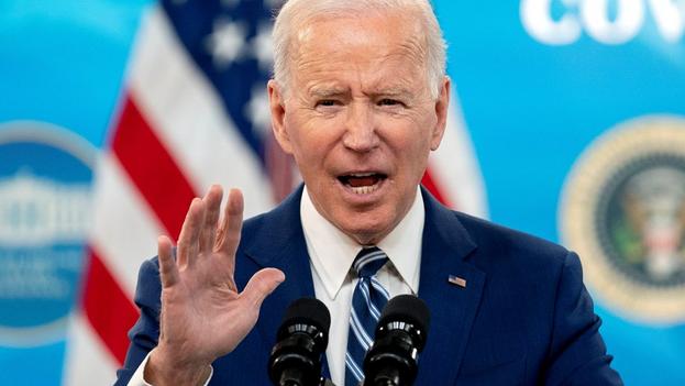 """""""Si bajamos la guardia, podríamos ver cómo las cosas empeoran, no mejoran"""", advirtió Biden. (EFE)"""