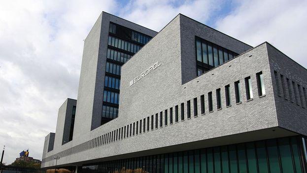 """La oficina policial europea calificó el nuevo virus como """"otro serio ataque 'ransomware' (cibersecuestro de datos) con impacto global"""". (Europol)"""