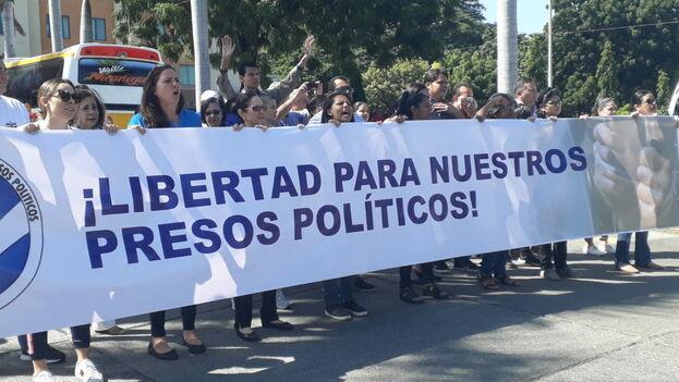 De los 160 presos políticos que había en noviembre, la cifra ha pasado a 148 este fin de semana. (Ls Prensa)