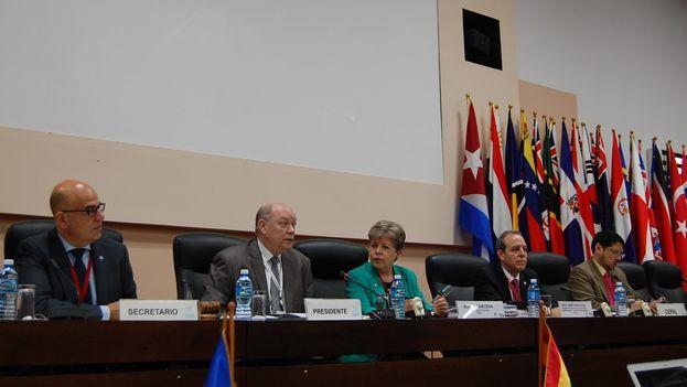 La segunda jornada se inició con la presentación de informe de las actividades realizadas por la Cepal en el último bienio y del proyecto de programa de trabajo al 2020. (cepal_onu)