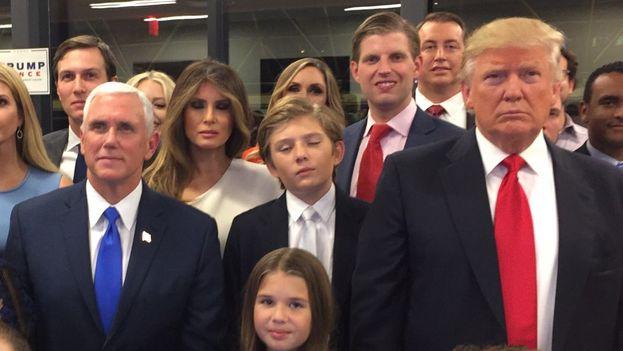 El presidente electo de Estados Unidos Donald Trump durante el escrutinio. (Twitter)