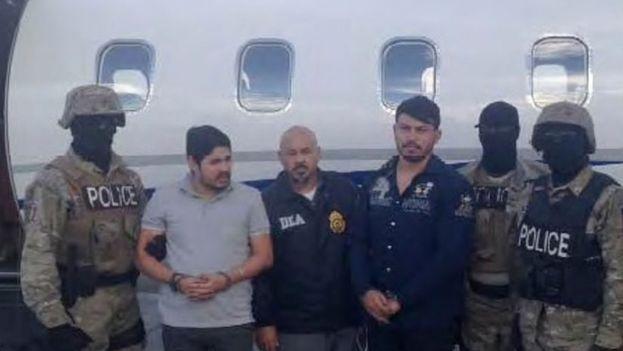 Los sobrinos del presidente y la primera dama de Venezuela al ser detenidos por la DEA. (Twitter)