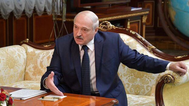"""El presidente bielorruso reconoció que las protestas, """"como persona, le duelen"""", pero agregó que los que protestan desconocen """"cómo era Bielorrusia hace veinte años"""". (EFE)"""