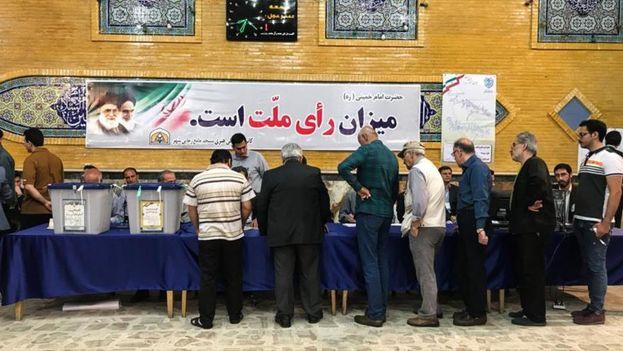 Los iranís deciden hoy quién será su presidente en unas elecciones fuertemente polarizadas. (Hispantv)