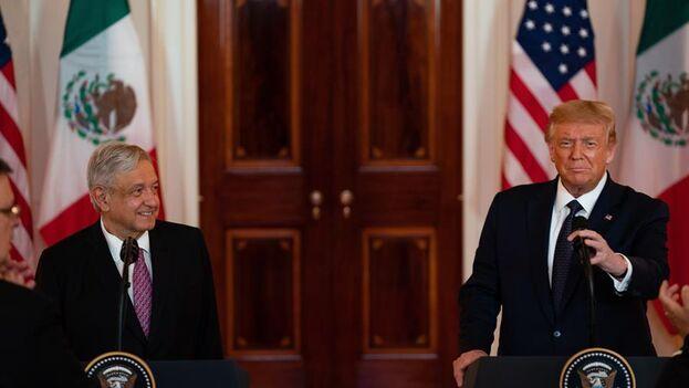 Los dos presidentes mostraron una gran sintonía personal pero no entraron en temas de relevancia. (EFE/EPA/Anna Moneymaker)