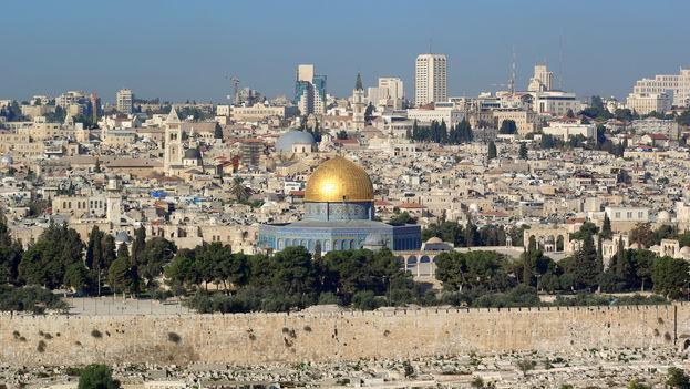 Cualquiera que conozca la urbe más allá de sus principales puntos turísticos puede constatar que Jerusalén es una ciudad partida. (CC)