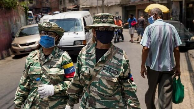 El suceso se produce en un momento en el que Venezuela vive bajo orden de confinamiento y distanciamiento social. (EFE)