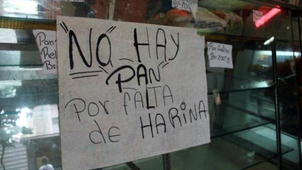 Los productos básicos que escasean en Venezuela se venden de forma ilegal en el mercado negro de Petare. (Twitter)