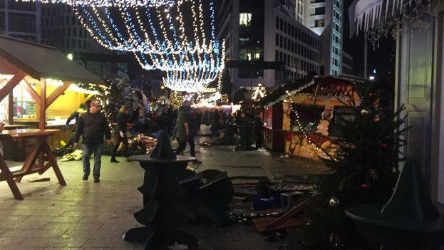 El suceso se produjo sobre las 20.15 hora local en la céntrica Breitscheidplatz. (Berliner Morgenpost)