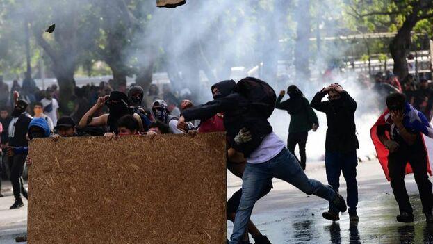 Las protestas han sacudido a Chile en busca de una mayor redistribución de la riqueza. (Twitter)