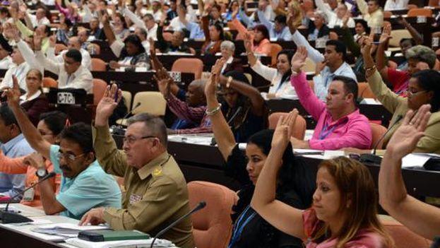En fecha aún no anunciada serán elegidos los delegados a las asambleas provinciales para un mandato de cinco años y los diputados a la Asamblea Nacional. (MINREX)