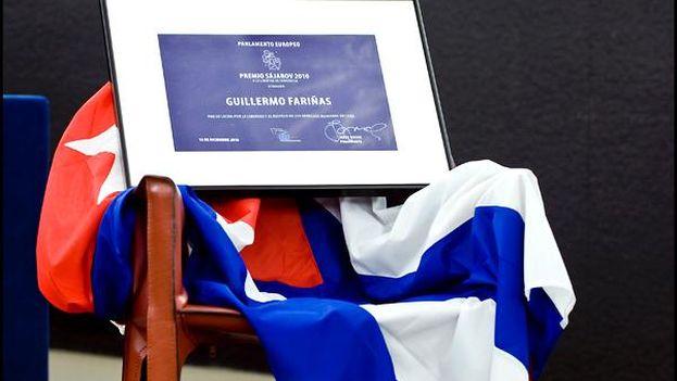 Una silla vacía representó a Guillermo Fariñas en la ceremonia de entrega del premio Sájarov en 2010. (UE)
