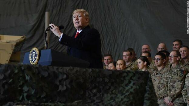 """""""Los talibanes quieren llegar a un acuerdo, y nos estamos reuniendo con ellos"""", dijo Trump durante su encuentro con Gani. (EFE)"""