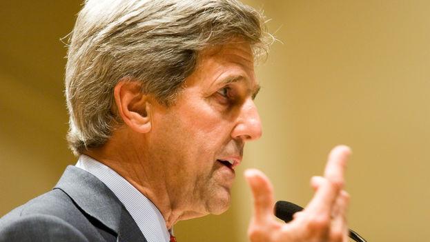 El secretario de Estado de EEUU, John Kerry (CC)