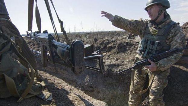 Al menos tres soldados ucranianos mueren en combate en el este de Ucrania. (EFE)