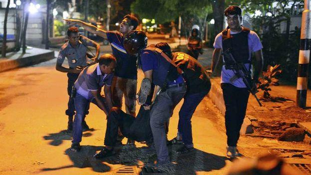 El ataque terrorista en Bangldesh ha cobrado la vida de al menos 20 personas. (CC)