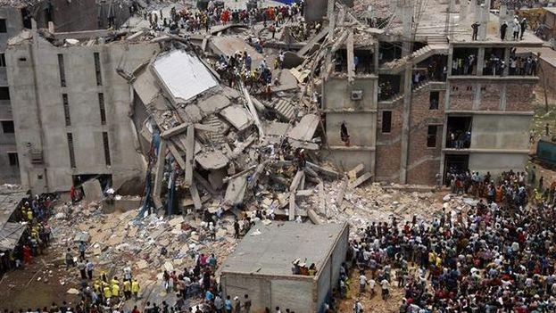 La fábrica Rana Plaza de Bangladesh en cuyo derrumbe murieron 1.135 personas. (EFE)