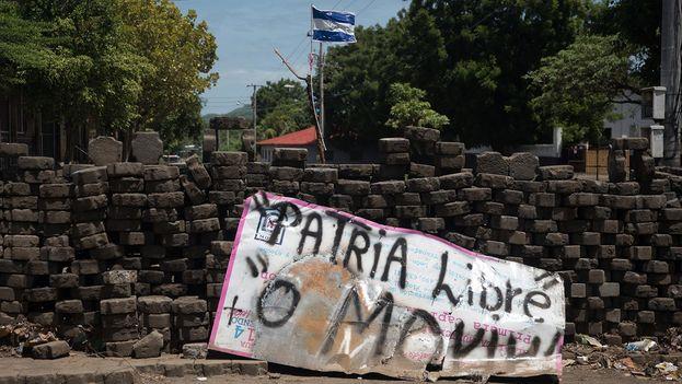 Los tranques se intensificaron en todo el país. (Carlos Herrera/Niú)