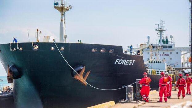 Uno de los barcos que transportaron petróleo a Venezuela desde Irán el pasado mayo.