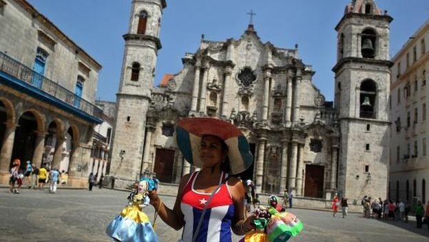 El turismo es una de las principales fuentes de ingreso de la economía cubana. (EFE)