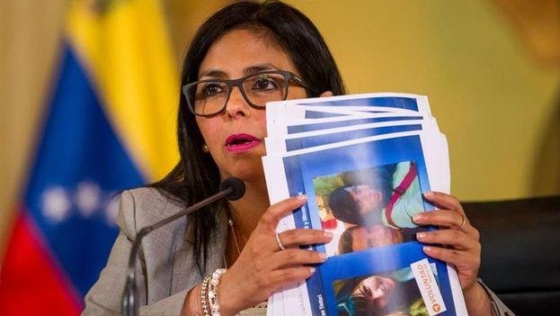 La canciller venezolana, Delcy Rodríguez, habla en una rueda de prensa en Caracas. (EFE)