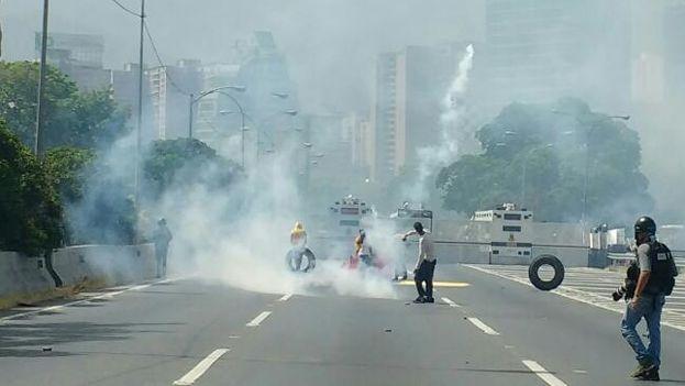 La oposición venezolana ha convocado para este lunes una nueva manifestación de protesta contra las decisiones del Supremo. (@VoluntadPopular)