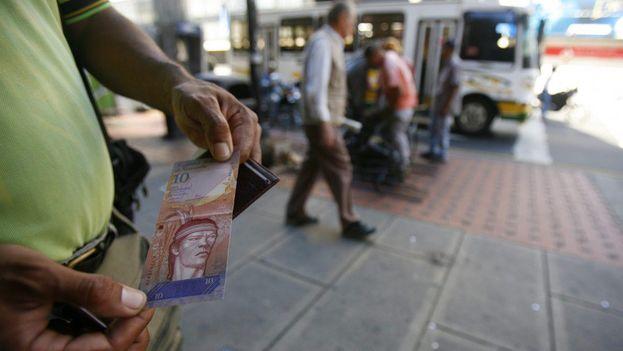 El bolívar venezolano ha sufrido la peor devaluación de su historia. (EFE)