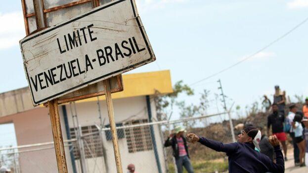 La situación siempre fue difícil para los venezolanos en la frontera, pero la xenofobia ha comenzado a envenenar lentamente la ciudad brasileña de Pacaraima. (EFE)