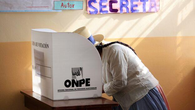 Los comicios han sido convocados para elegir a un presidente, dos vicepresidentes, 130 congresistas y cinco representantes en el Parlamento Andino. (EFE/Sengo Pérez/Archivo)