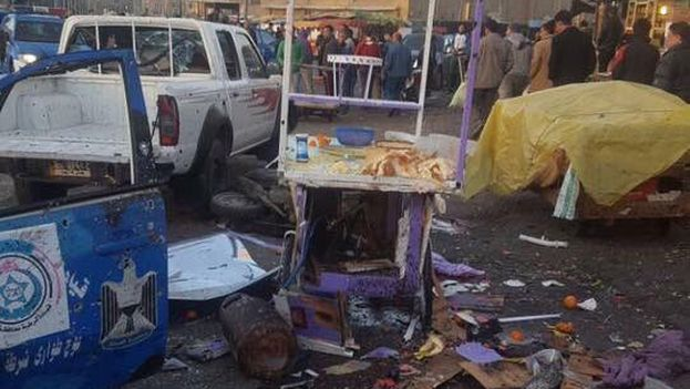 Las víctimas mortales son obreros y civiles que pasaban por casualidad por la plaza y entre los heridos hay varios policías. (@descifraguerra)