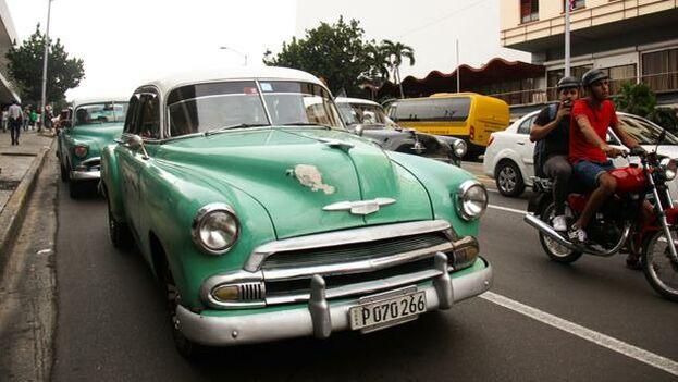 Un viejo almendrón en La Habana. (EFE)