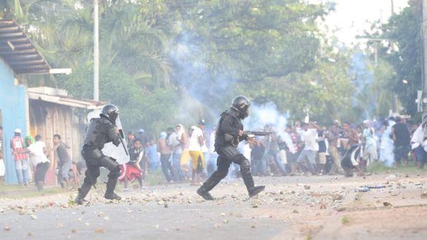 La violencia postelectoral ha dejado cinco muertos y al menos 34 heridos. (laPrensa)